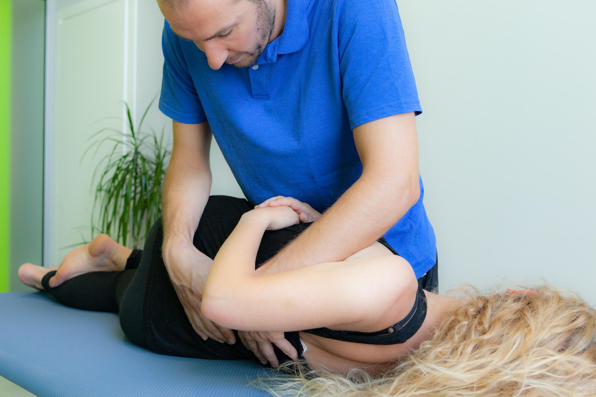 Trattamento osteopatico per la diminuzione del dolore e il raggiungimento del benessere